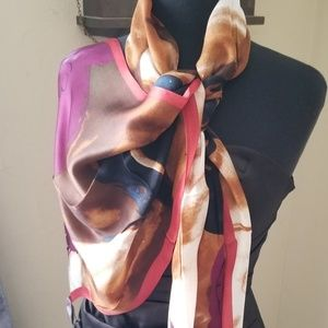 VINCE CAMUTO Women's  Oblong  Scarf NWT